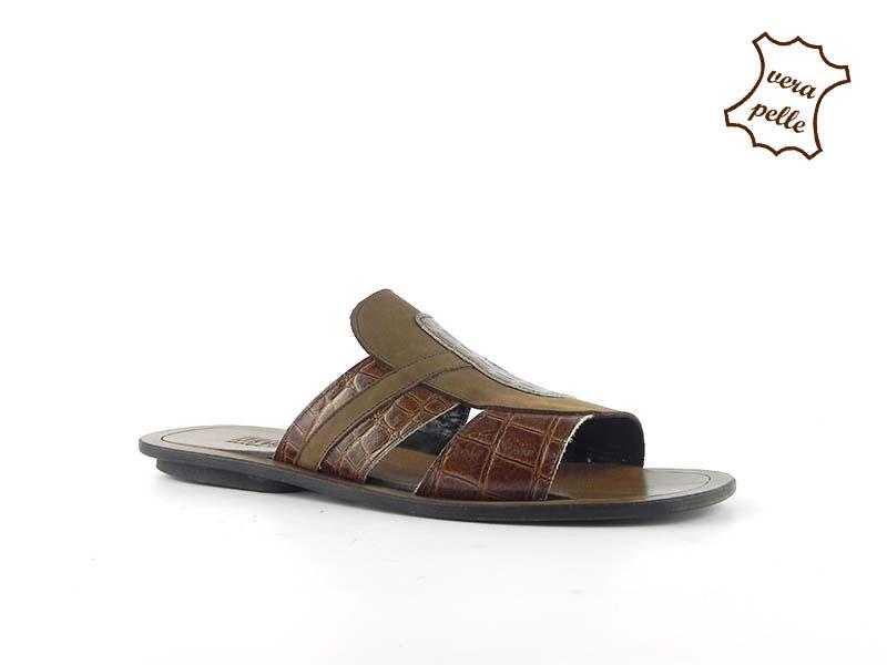 Papuci din piele naturala 036C